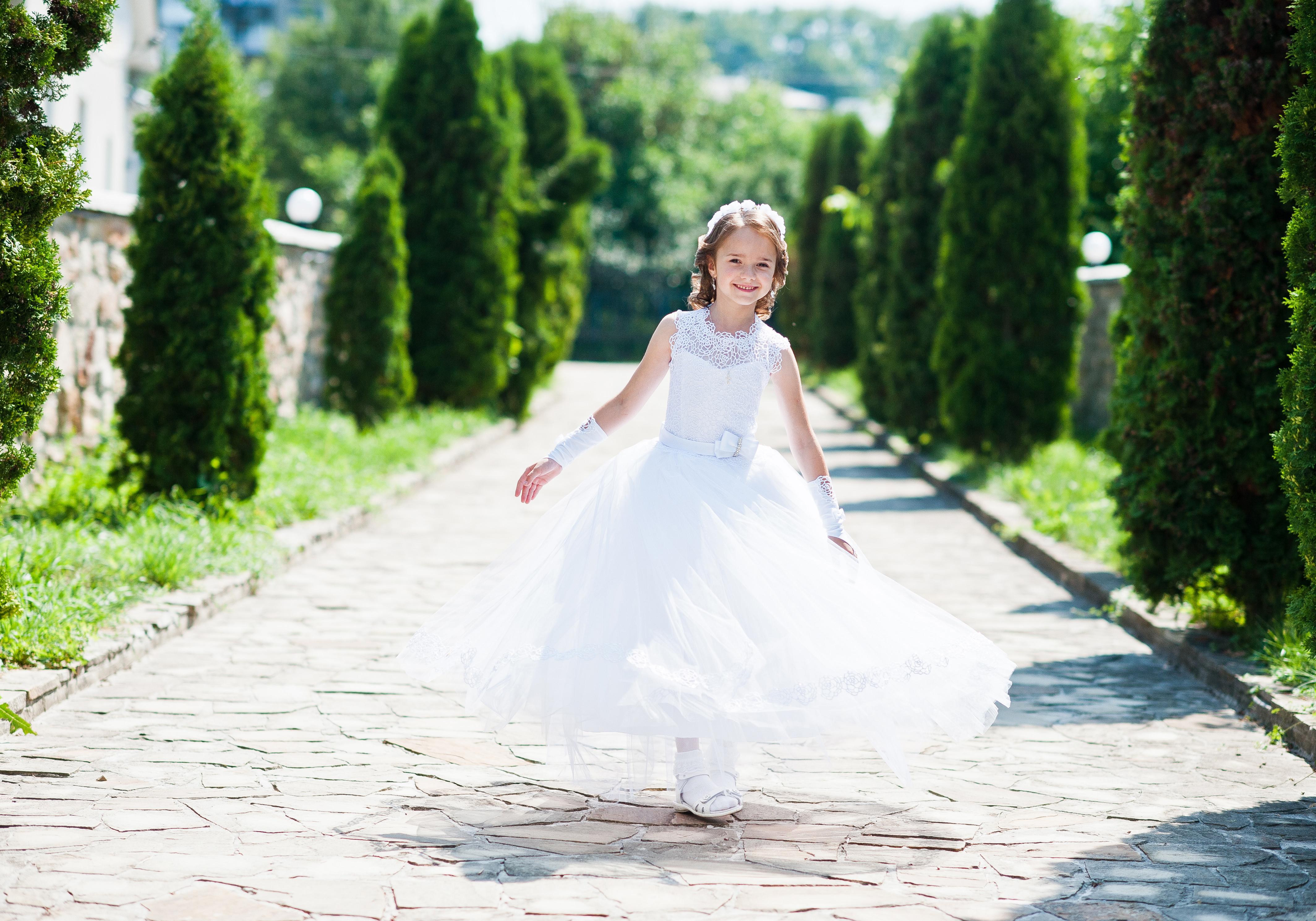 海外で定番☆結婚式をを盛り上げる!お洒落フォトブース