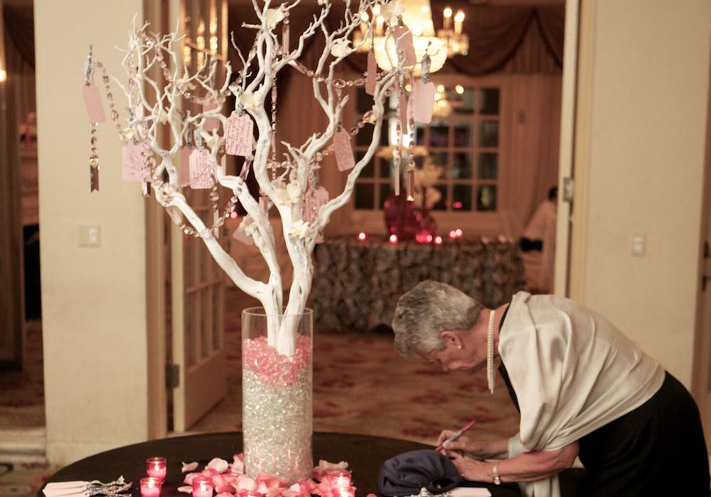 願いを込めたウィッシングツリーで素敵な結婚式♪